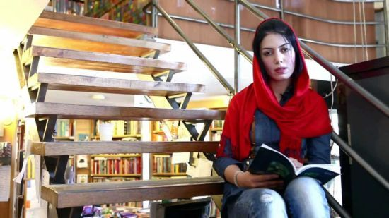 از تثبیت شعر مدرن فارسی تا شاعر معاصر/  کتایون ریزخراتی